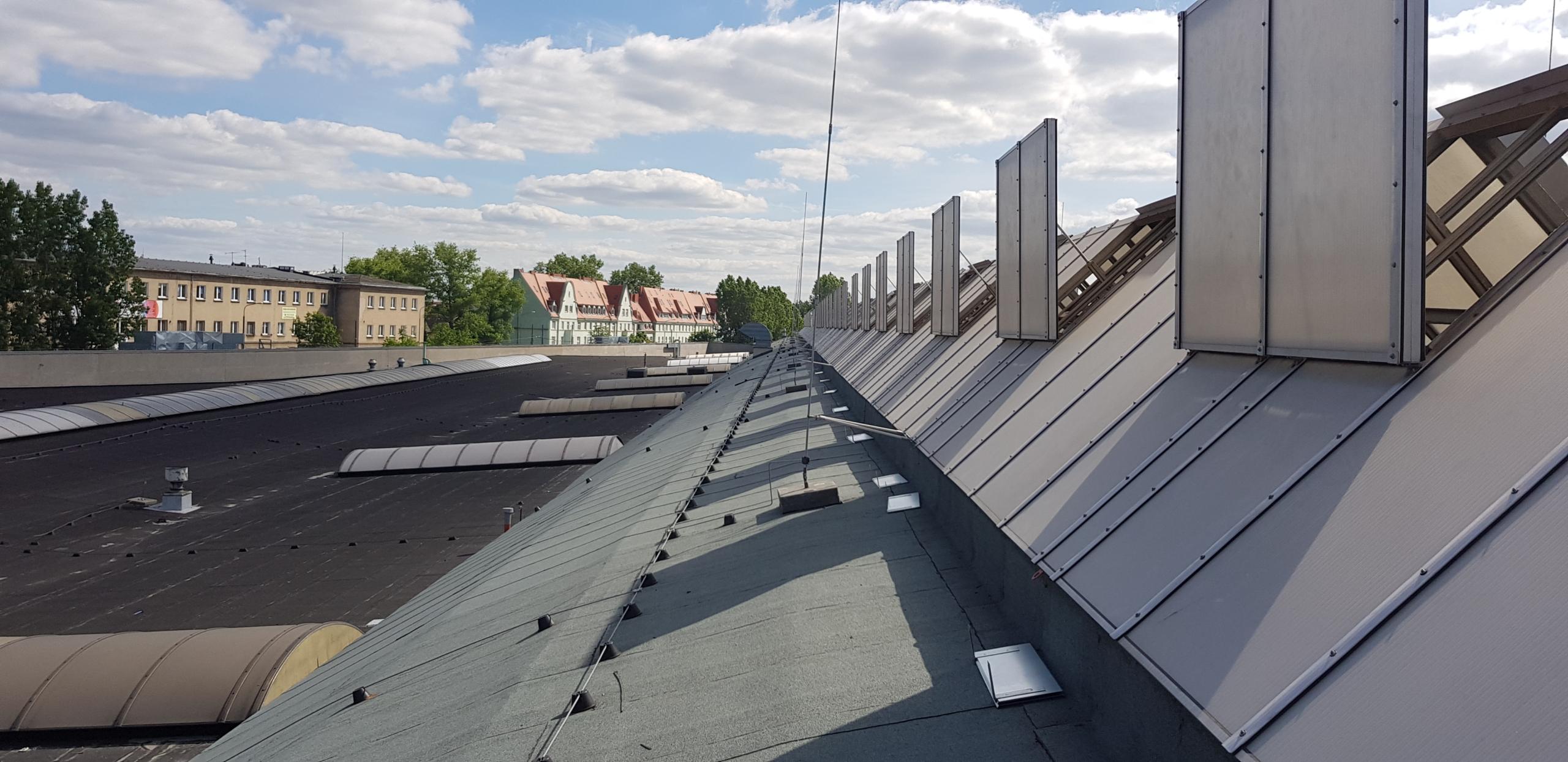 zwody pionowe oraz poziome w instalacji odgromowej budynku